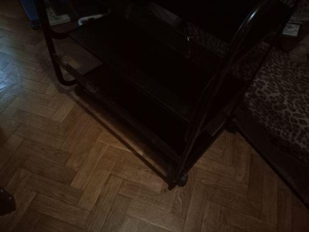 Комп'ютерний стіл