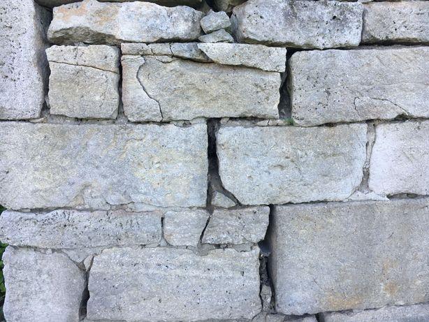 Камінь бутовий,будівельний