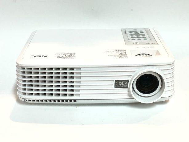 Projektor multimedialny NEC NP100G - sprawny - pilot