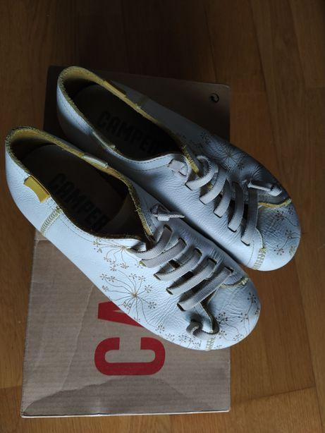 Sapatos camper, n 35, mulher ou menina, fabricados em Marrocos