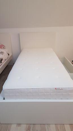 Łóżko Malm Ikea z 2 szufladami i materacem