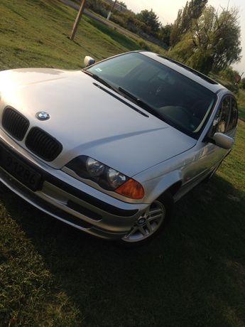 Продам BMW 318i.