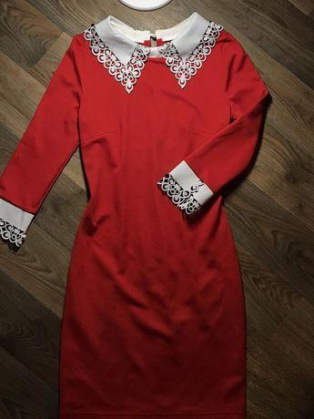 Платье 40 размер