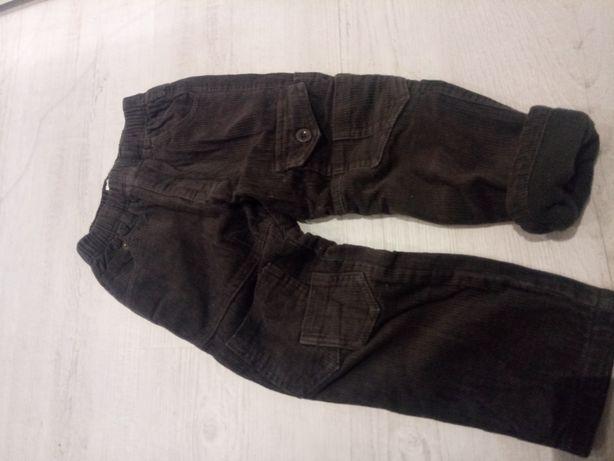 Spodnie ocieplane na zimę 104 110 dla chłopczyka 3 latka