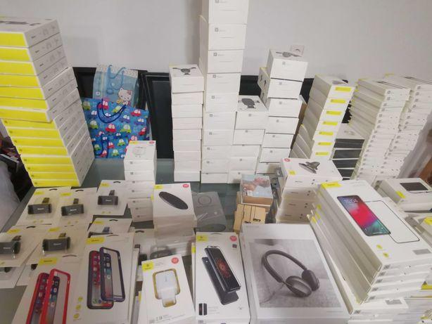 Liquidação Total Acessórios para Telemóveis e Tablets