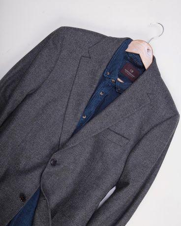 Пиджак Hugo Boss  Размер L (50) Шерстяной пиджак со старейчем  Не ре