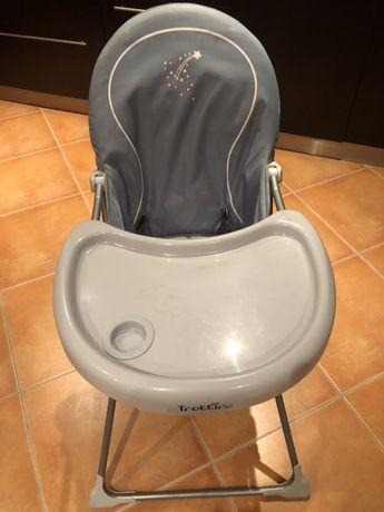 Cadeira de alimentação para bebé