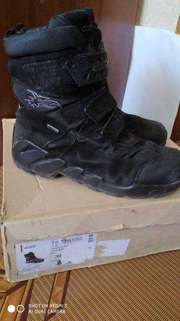 Ботинки Ecco GORE-TEX  Экко р. 39  стелька 23,8 см