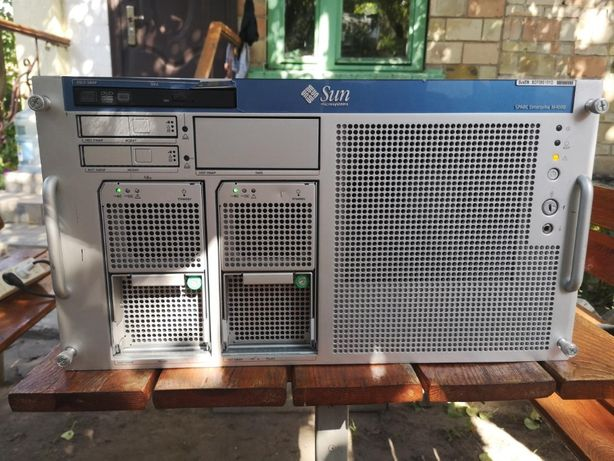 UNIX Сервер под Oracle Sun SPARC Enterprise M4000