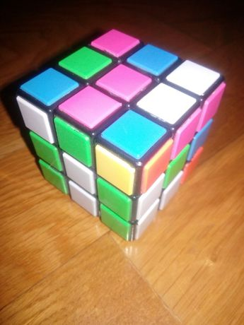 Кубік Рубіка.