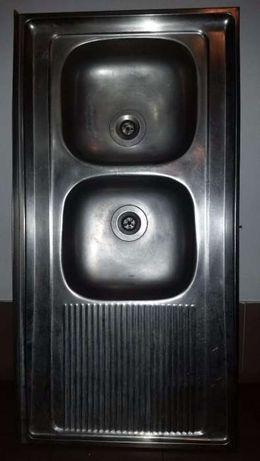 Lavatório loiça de inox com 2 cubas e 1 escorredor