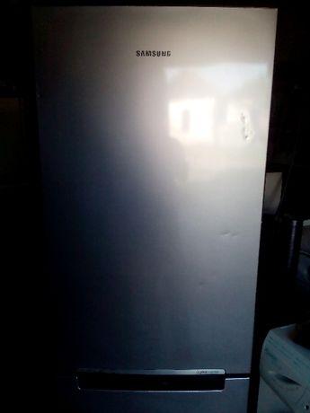 продам Б/У холодильник-и от 1100