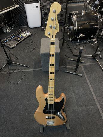 Baixo Squier Jazz Bass ***como novo***