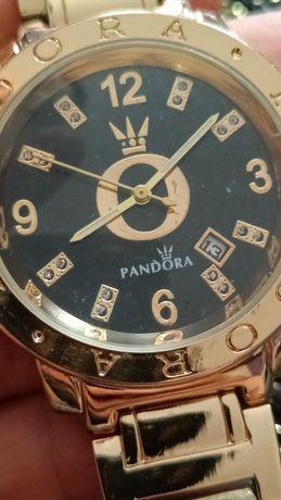 Pandora elegancki zegarek