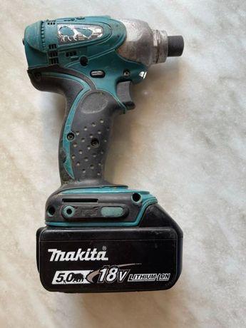 Аккумуляторный ударный шуруповерт Makita DTD152 + 1 АКБ 18В 5Ah
