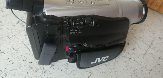 Kamera VHS JVC idealna