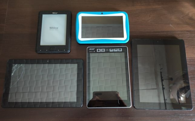 Tablet / tablety