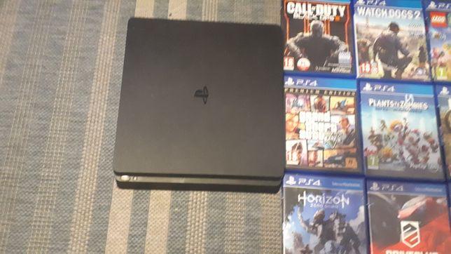 PlayStation 4 PS4 slim konsola 2 pady i kable