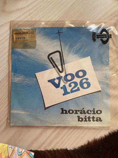 Single Voo 126 de Horácio Bitta
