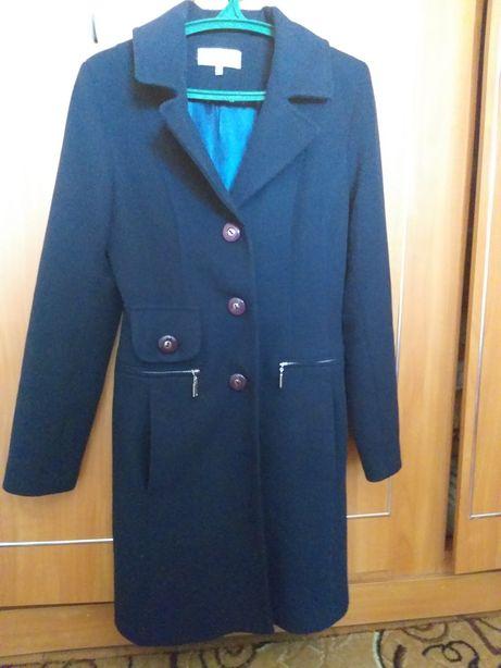 Пальто весна-осінь