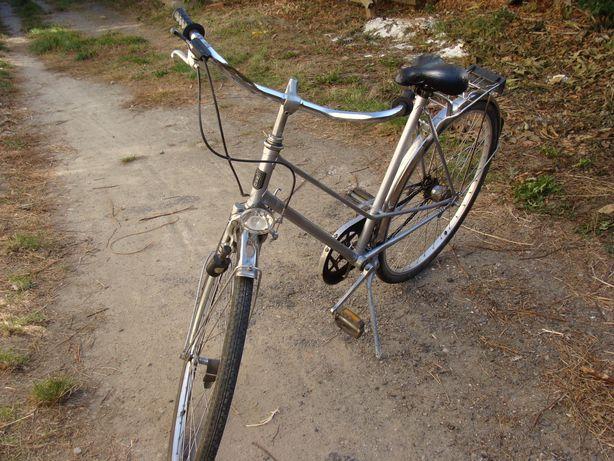 Велосипед в хорошем состоянии,очень легко едет.