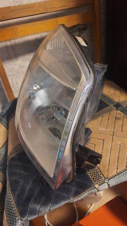 Фара передняя правая на пежо ситроен