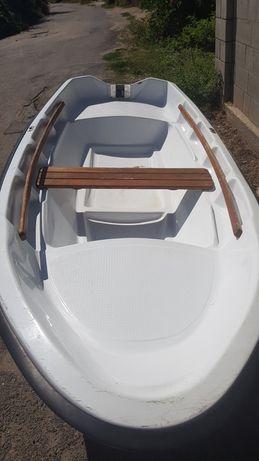 """Пластиковая лодка """"BRIG"""""""