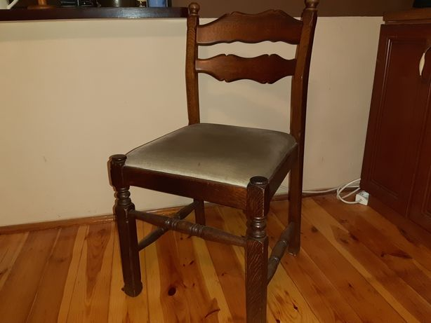 Sprzedam stół holenderski z krzesłami
