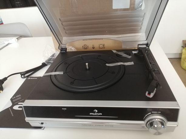 Gramofon z głośnikami Auna