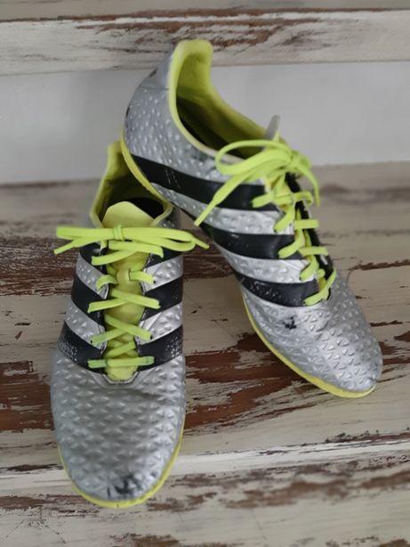 Adidas ACE 16.4 IN, srebrne halówki, buty do piłki nożnej r. 42