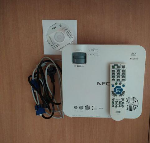 Rzutnik Projektor NEC VE 281DLP + ekran 180/180