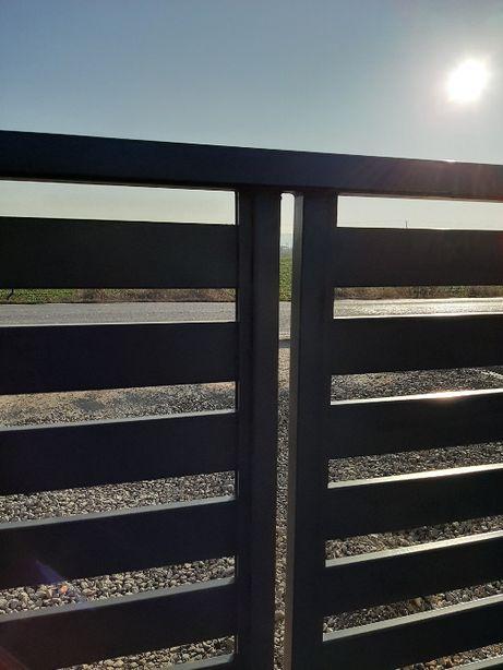 Brama uchylna ocynkowana malowana proszkowo 80x20