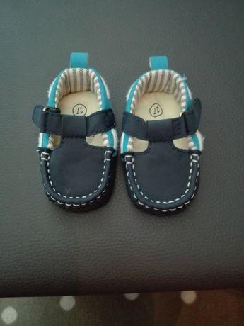 Buty niechodki sandałki