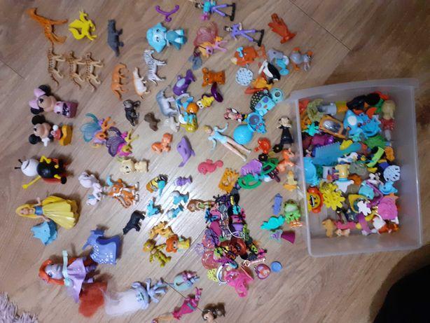 Różne zabawki z kinder jajek i nie tylko