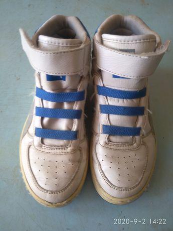 Продам кожаные кроссовки Puma 33р.