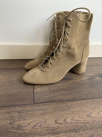 Ботинки/сапожки Zara на шнуровке