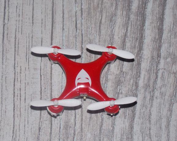 Mini dron sterowany na pilota