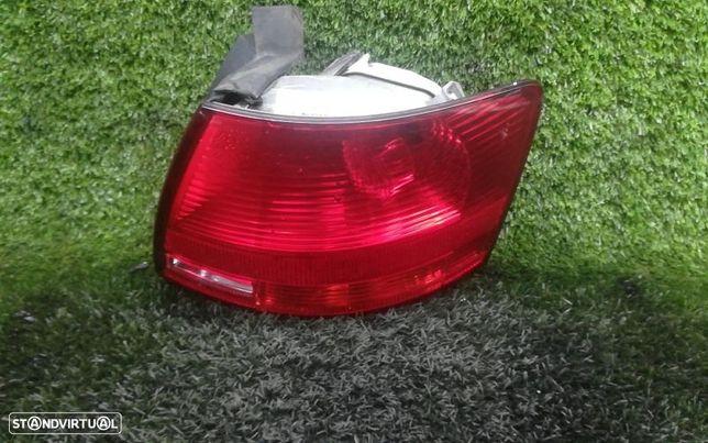 Farolim Drt Painel Direito Audi A4 Avant (8Ed, B7)