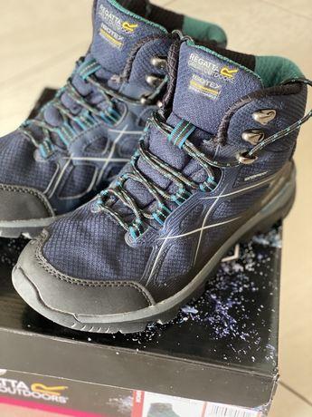 Damskie buty trekkingowe Regatta Lady Kota Mid II granatowe