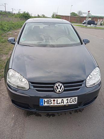 Продам автомобиль VW Golf