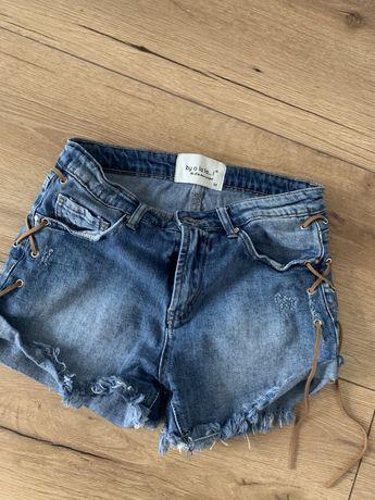 By o la la spodenki jeansowe Rozmiar M / wysylka gratis
