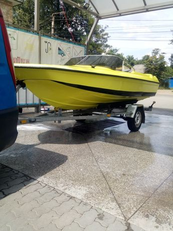 Лодка FletcherArrow 490