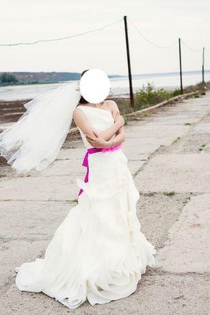 Свадебное платье Vera Wang (оригинал!) очень лёгкое