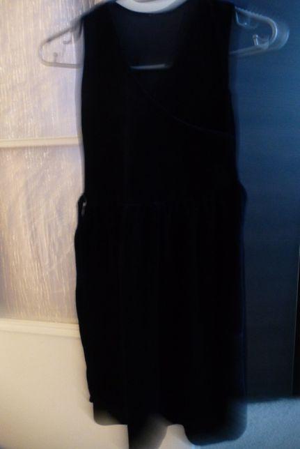 Aksamitna sukienka kopertowa granatowa 5-7 lat