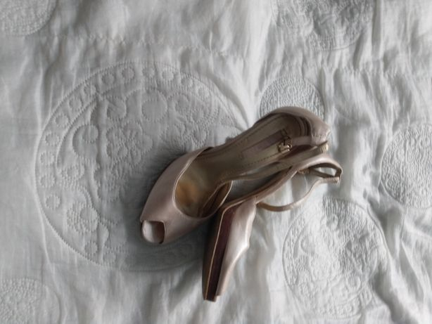 Piękne buty szpilki Nine West 37,5