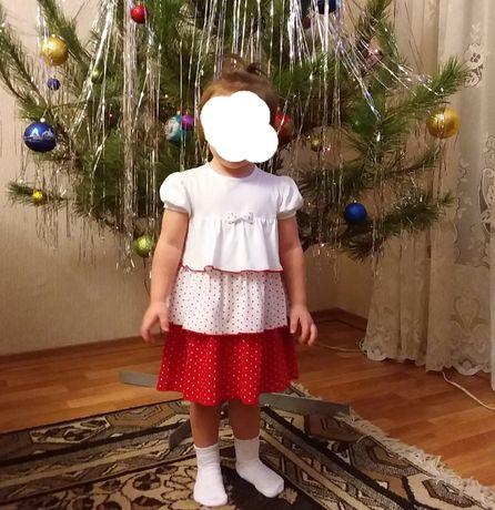 Платье для девочки, можно двойне.
