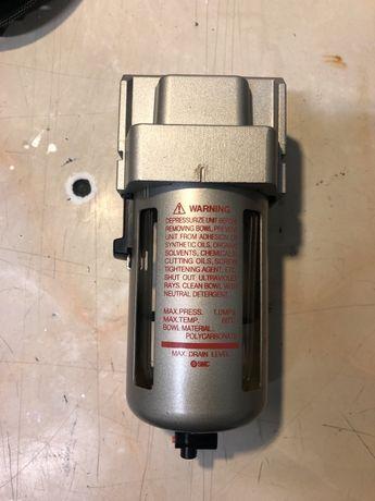Filtr odwadniacz powietrza SMC AF40 F04