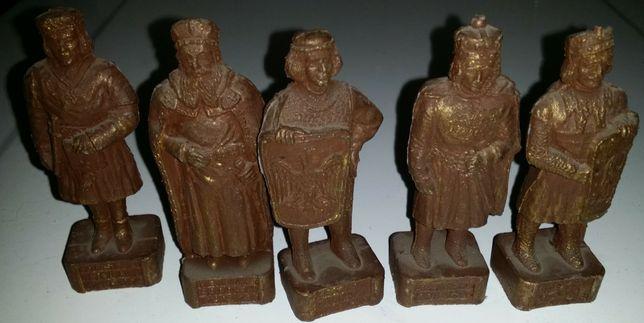 Figurki królów Polski