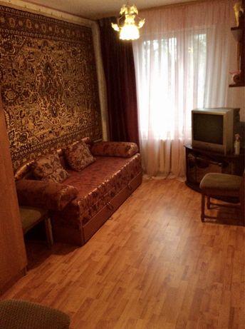 Оренда 1 або 2 кім(5хв пішки до м.Чернігівська) в 2-кімн квартирі.