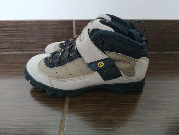 Кросовки  кросівки Nike solomon  37